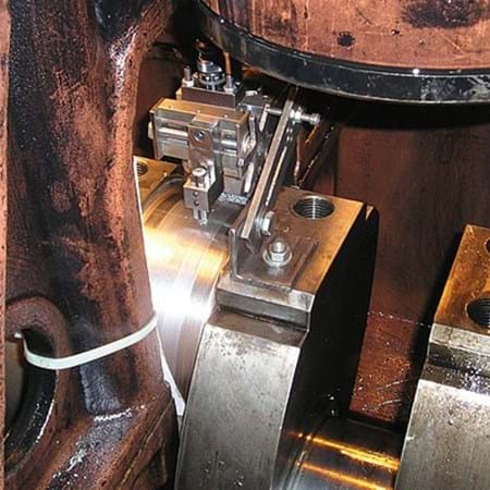 Crank pin machining