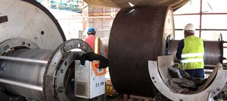Turning and Grinding of a Rotary Kiln's Support Roller Bearing Journals