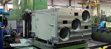 Mechanical Processing of a Machine Casing