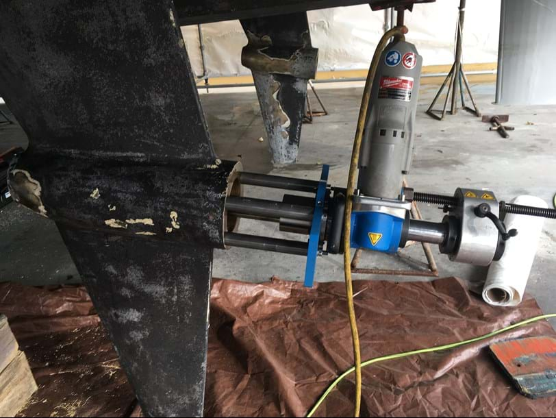 Lineboring of propeller shaft struts